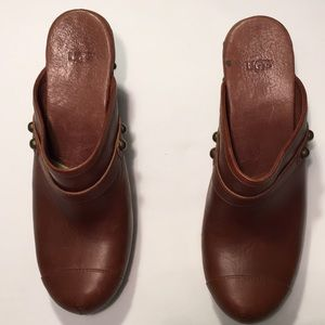 UGG Mule Clogs Sz 10 With 4 inch Heels